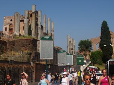 Day 2-Rome-Colisseum,Forum,Pantheon,Trevi Fountain,Spanish Steps,Castle D'Angelo 7.19