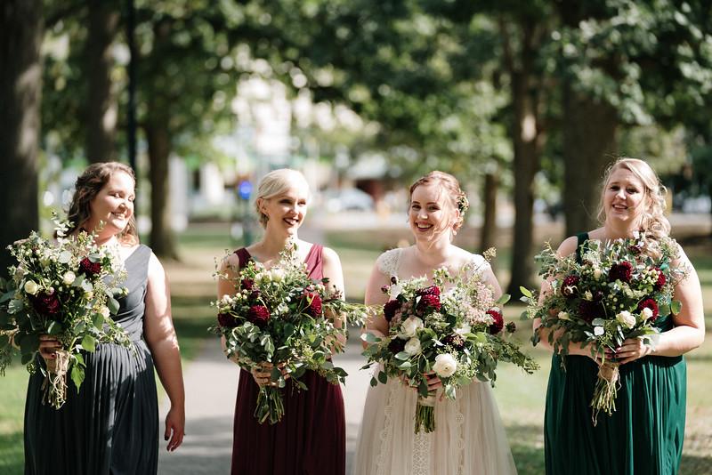 rustic_ohio__fall_barn_wedding-109.jpg