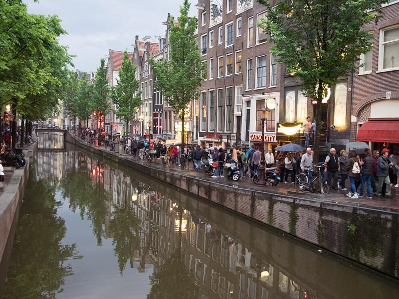 26-157-Amsterdam HAL 2014