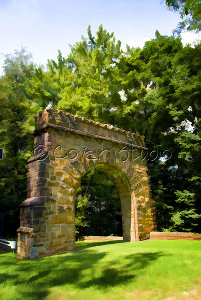Arch & Welcome to Westmont