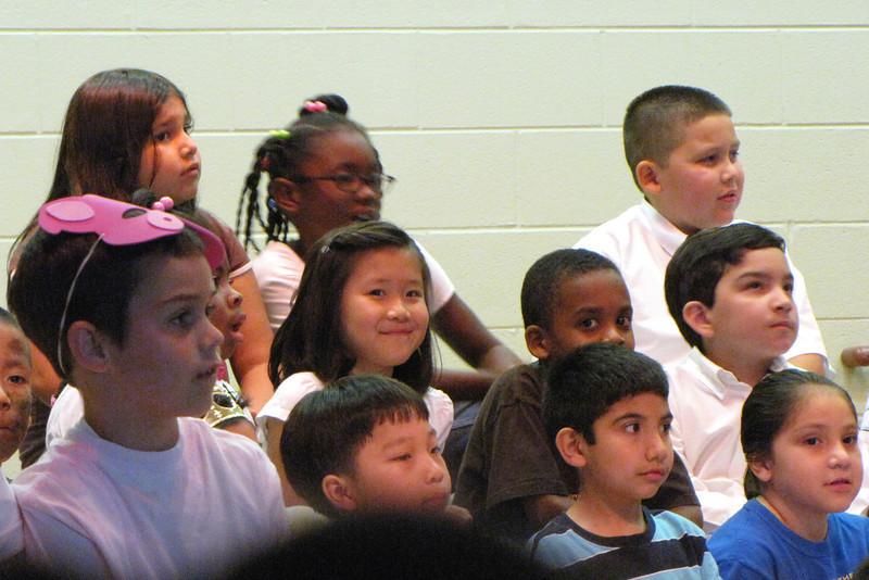 "2009-05-14 First grade ""Lemonade: The Musical"""