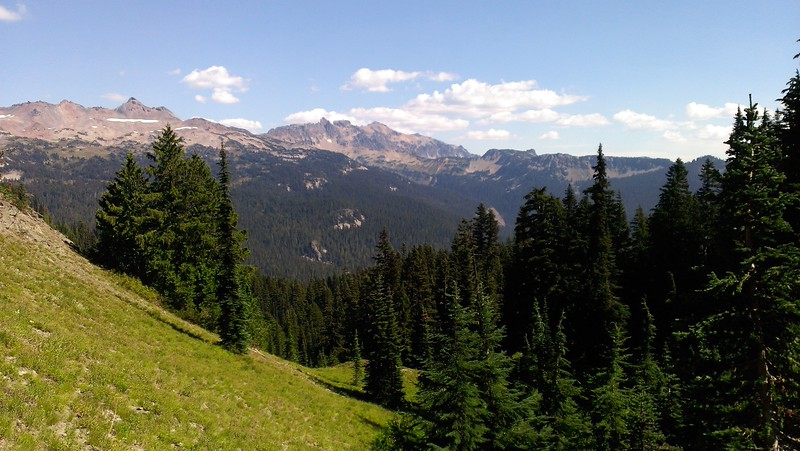 More wide open views on the Goat Ridge Trail