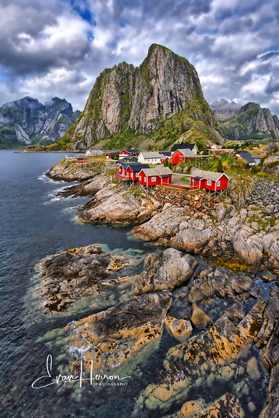 Hamnoy port brighter lg.jpg