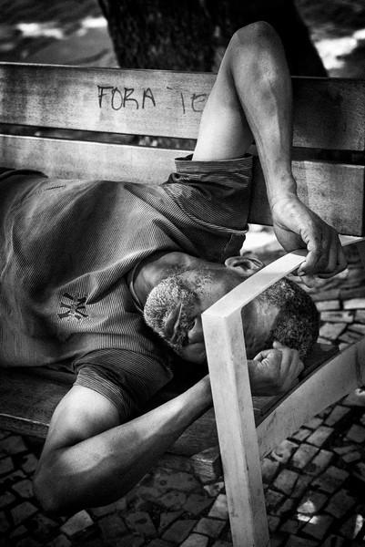 UNKNOWN_HOMELESS_GUY_SLEEPING_ON_BENCH_RIO.jpg
