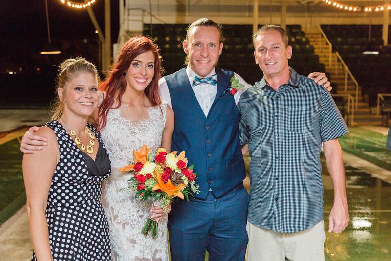 ELP1015 Tara &Phill St Pete Shuffleboard Club wedding reception 478.jpg