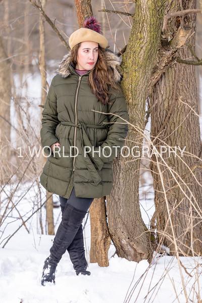 201902022019_2-2 Winter Portrait Shoot at Jeannette's276--33.jpg