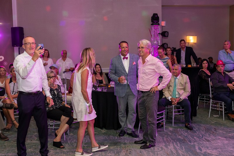 2019_11_Yachtail_Party_00760.jpg