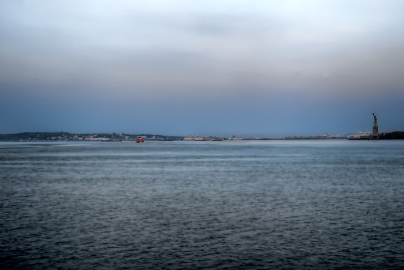 NY-Harbor-Staten-Island-Ferry-Statue-of-Liberty.jpg