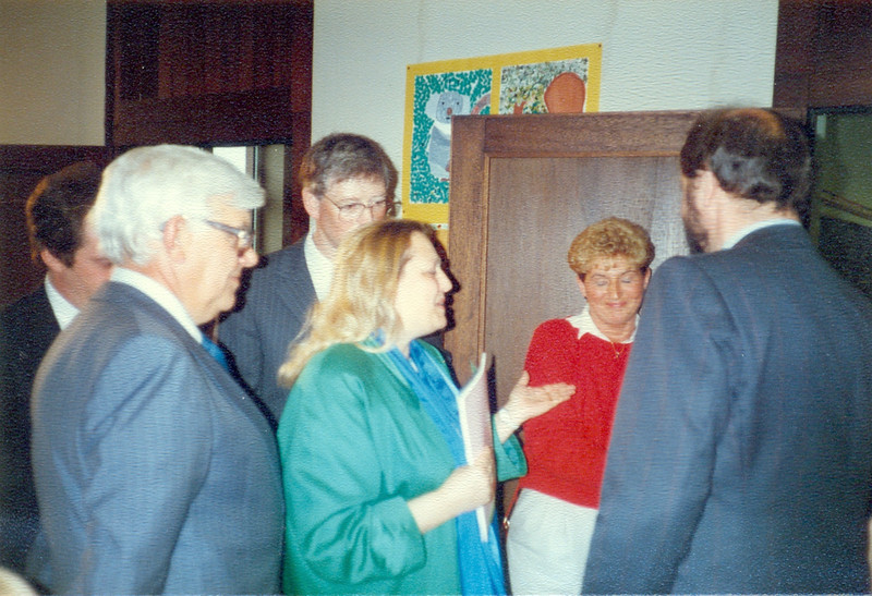 1986 Preisverleihung durch Kultusminister Breitenbach (7).jpg
