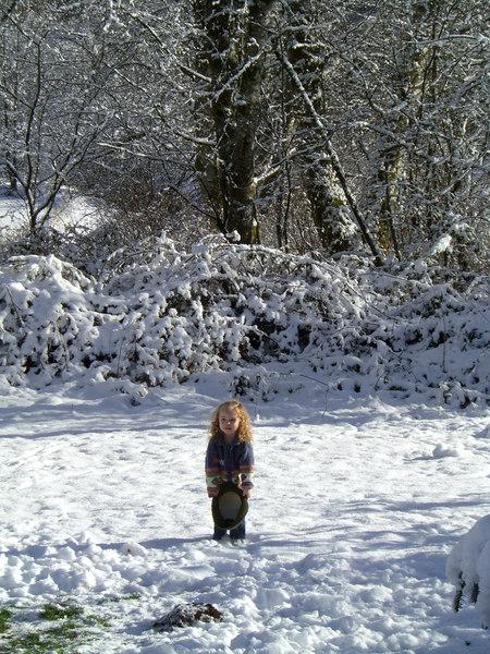0114.CIMG0203.KimberAtDads-Snow.jpg