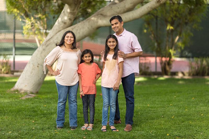 Urvi Family-34.jpg