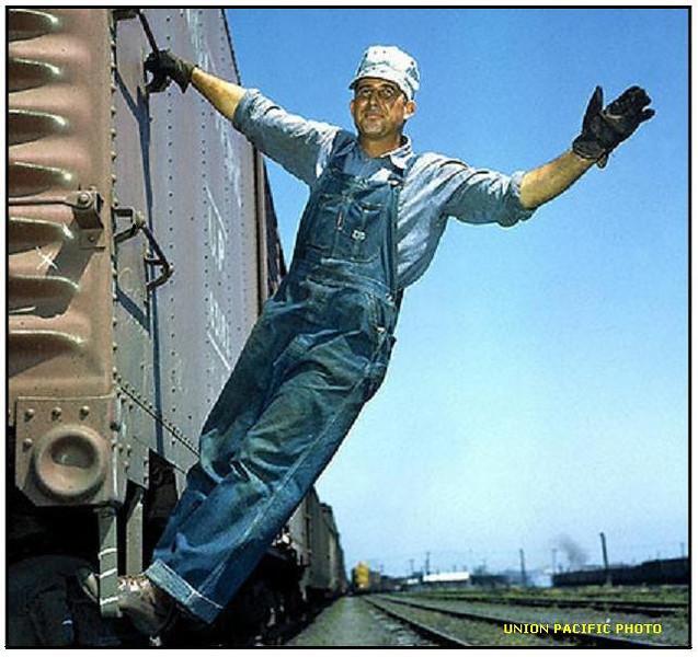 RAILROAD-BRAKEMAN-UP-PHOTO-WWII-ERA.JPG