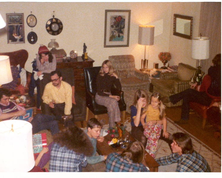 1974 Christmas 2.jpg