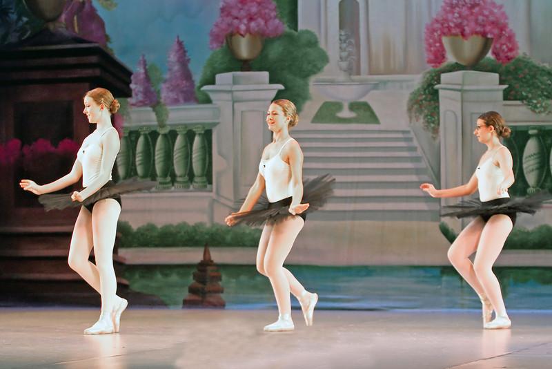 dance_052011_017.jpg