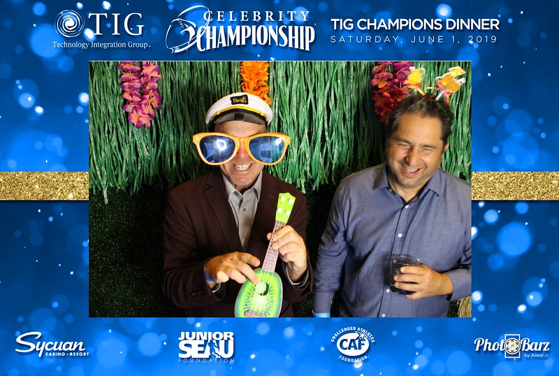 Celebrity Golf Sat Night79.jpg