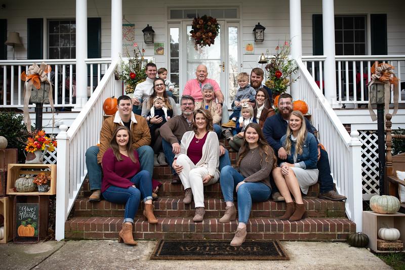 2019 November Ellis Family-50-253.jpg