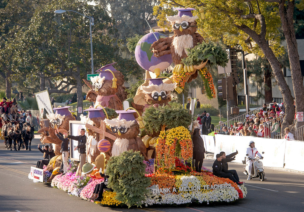". Farmers Insurance ""Thanks a Million Teachers\"" during 2014 Rose Parade in Pasadena, Calif. on January 1, 2014. (Staff photo by Leo Jarzomb/ Pasadena Star-News)"