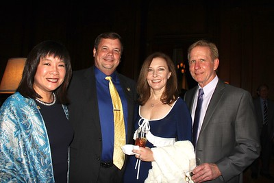 Western Justice Center Presents Awards at Gala