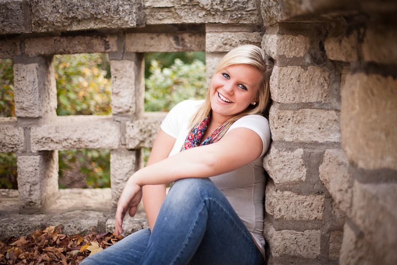 Jefferson_City_MO_Fulton_High_School_Senior_Portrait_Photographer_Outdoor-1.jpg