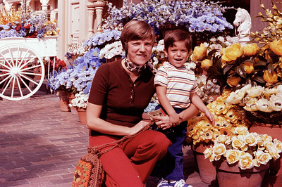 1977-10-21 Anthony @ Disney