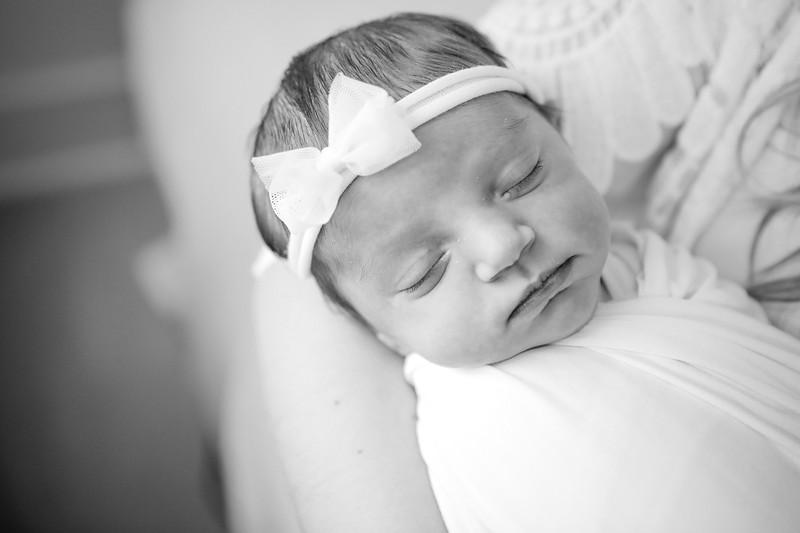 bw_newport_babies_photography_hoboken_at_home_newborn_shoot-4923.jpg