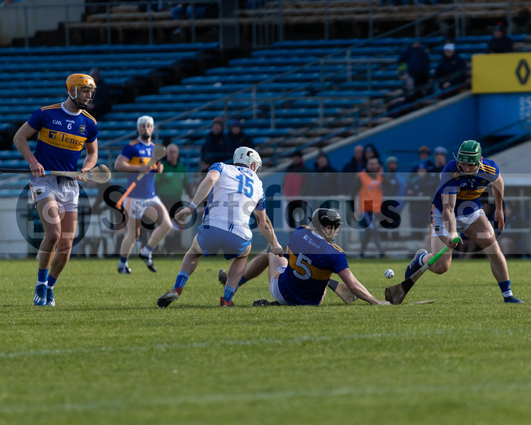Tipperary's Cathal Barrett (2) collects  the sliotar from Alan Flynn (5) as Barry Heffernan (6) looks on