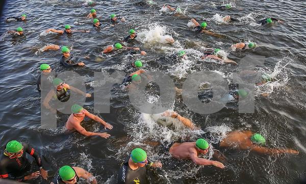 Swim Photos Start -- Third Wave 0809 - 0811