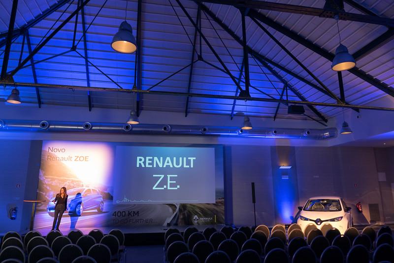 Renault-012.jpg