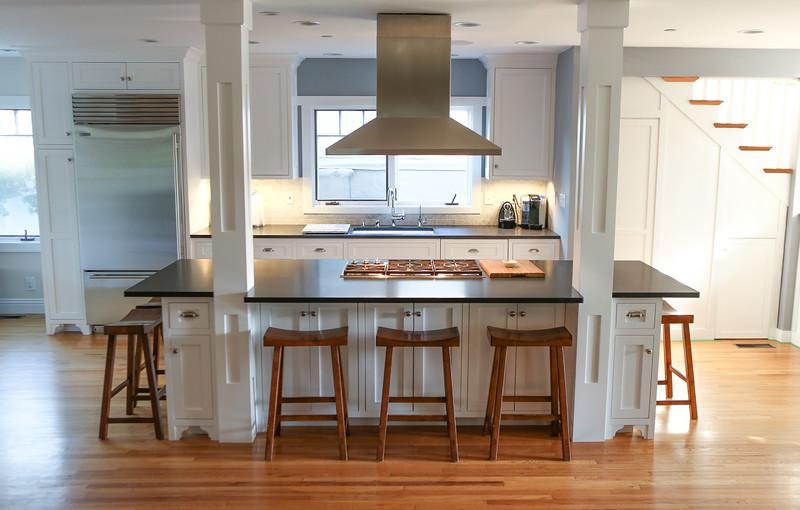 028_Kitchen1.jpg