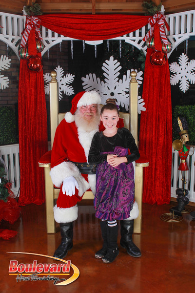 Santa 12-10-16-27.jpg