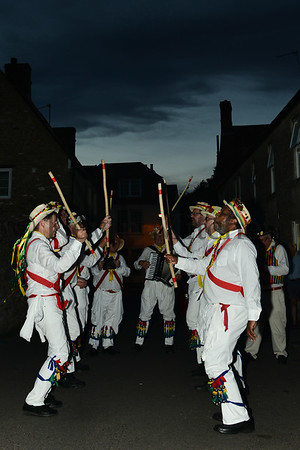 Bathampton Morris Men @ The Foresters Arms Beckington July 17th 2014