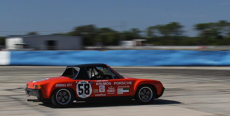 HSR-SebClassic-12-3-16_0035-#58-Porsche-914.jpg