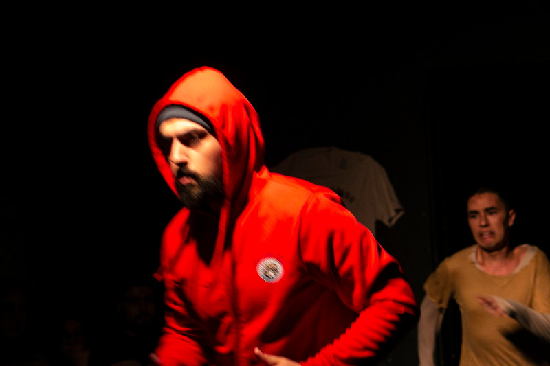 Allan Bravos - Fotografia de Teatro - Indac - Migraaaantes-508.jpg