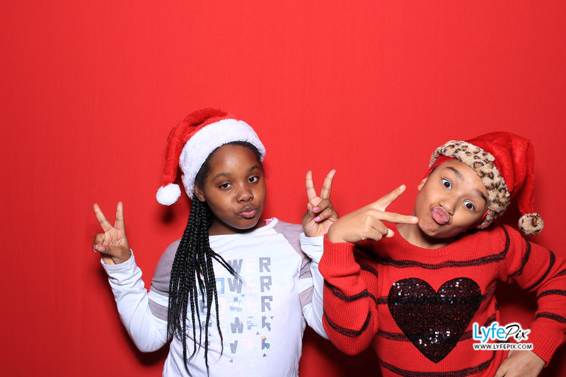 eastern-2018-holiday-party-sterling-virginia-photo-booth-0127.jpg