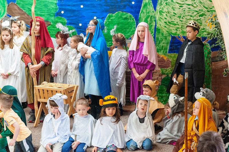 20191209 Faith Children Advent Family Gathering-8028.jpg