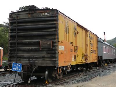 PFE R-40-27 #10591 at Niles Canyon Railway