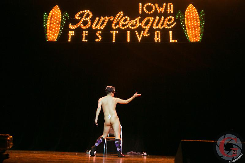 burlesque day2 edits (216 of 123).jpg