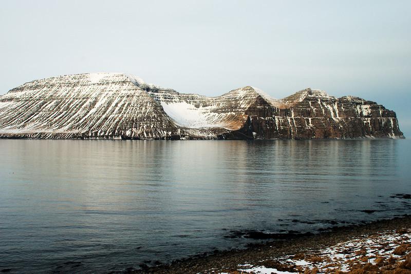 Rekavíkurfjall, Hvannadalur og Hælavíkurbjarg