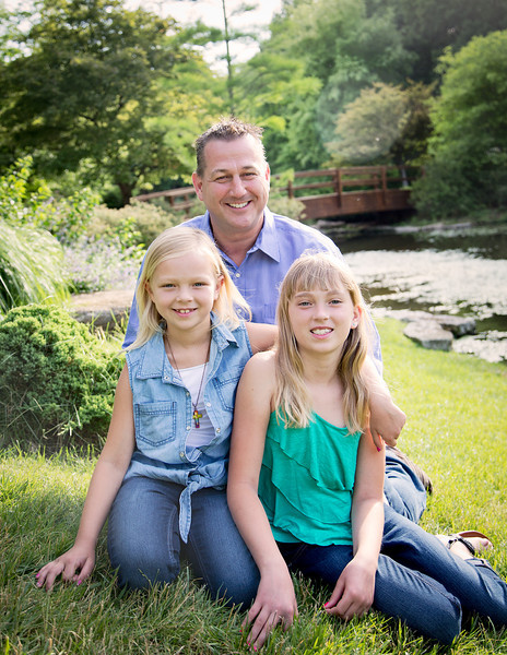 Dad and Girls (1 of 1).jpg