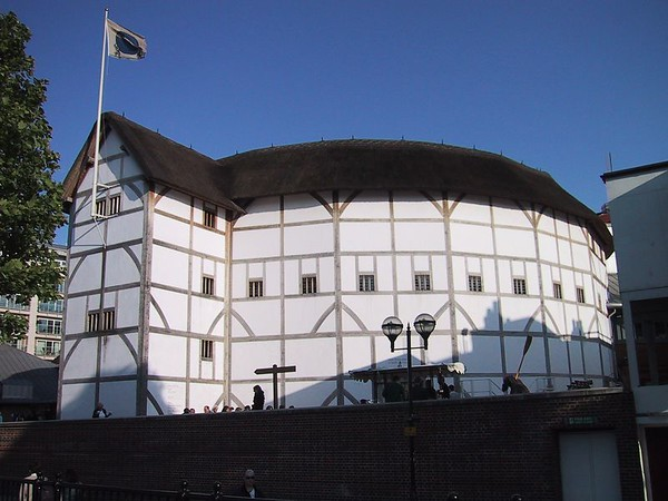 2001/06 - Globe Theatre