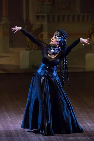 Act 18 - Dalia Carella
