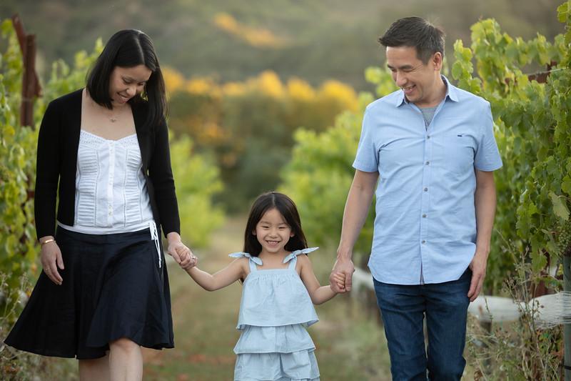 Nguyen Family-74.jpg