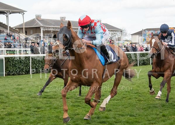 Doncaster Races - Sun 31 Mar 2019