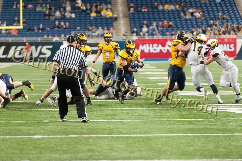 2014 Clarkston Varsity Football vs. Saline 646.jpg