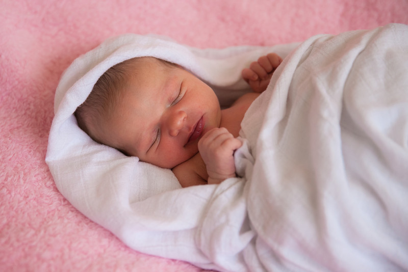 2014.03.30 Whitney Kronforst Newborn Photos 61.jpg
