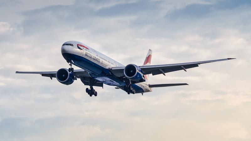 BRITISH AIRWAYS_B777-336ER_G-STBH_MLU_020119_(1)