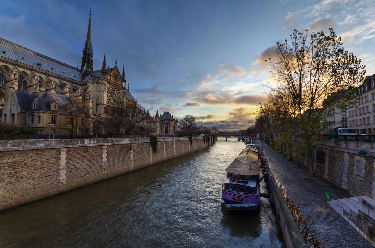 Sunrise at Notre Dame