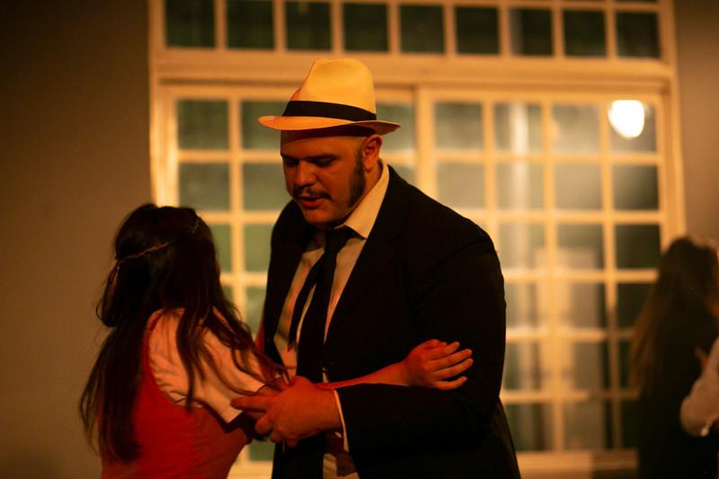 Allan Bravos - Celia Helena - O Beijo no Asfalto-444.jpg