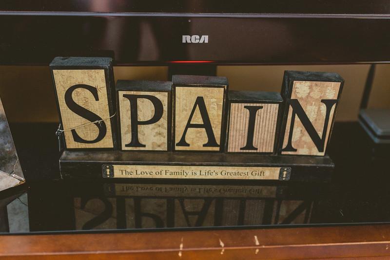 Spain Family Winter 2015-0020.jpg