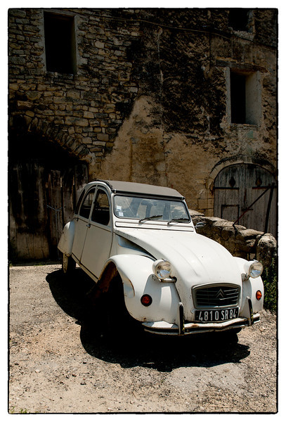 old car saignon.jpg